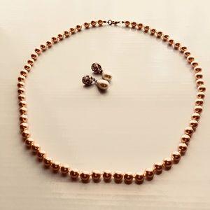 Jewelry - Beautiful Pearl Necklace & Earrings